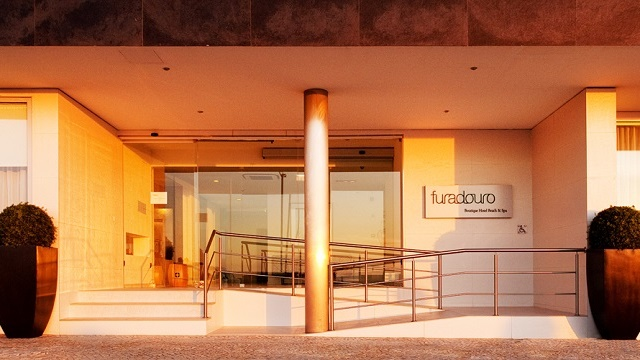 Portugal-Ovar-Furadouro-Boutique-Entrada-Acp-Viagens