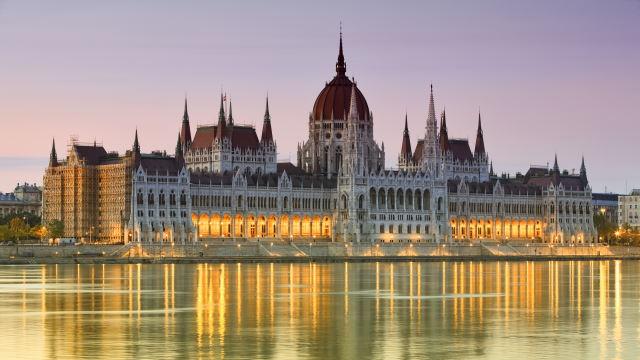 Luftner-Hungria-Budapeste-Parlamento-Loja-Cruzeiros-Acp-Viagens