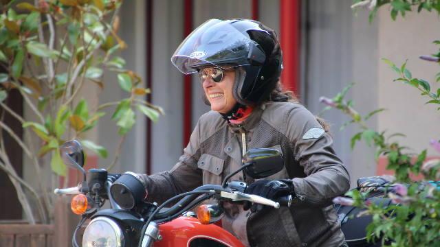 ACP-A-importancia-das-viseiras-dos-capacetes-de-moto-lista