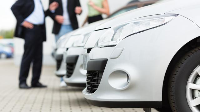 Automóveis novos em renting