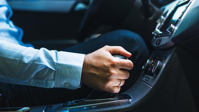 ACP-Condutor-em-dia-Conduzir-em-ponto-morto-lista