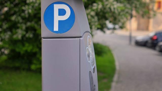 ACP-Condutor-em-dia-Estacionamento-com-parquimetro-lista