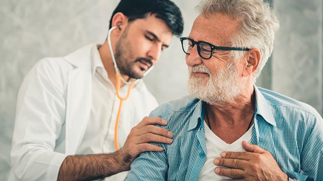 10 exames de saúde essenciais a partir dos 65 anos