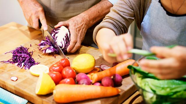6 combinações de risco entre medicamentos e alimentos