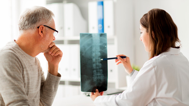 Como prevenir a osteoporose e outras doenças dos ossos