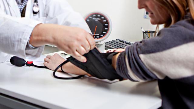 ACP-Saude-e-Seguros-Hipertensao-arterial-fatores-de-risco-e-como-prevenir