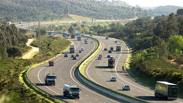 ACP-condutor-em-dia-avaria-na-autoestrada-lista