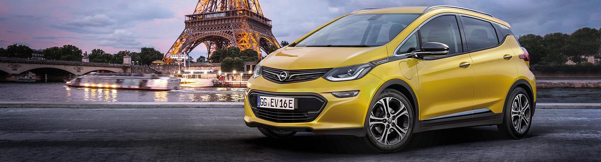 Opel Ampera-e em estreia mundial no Salão de Paris