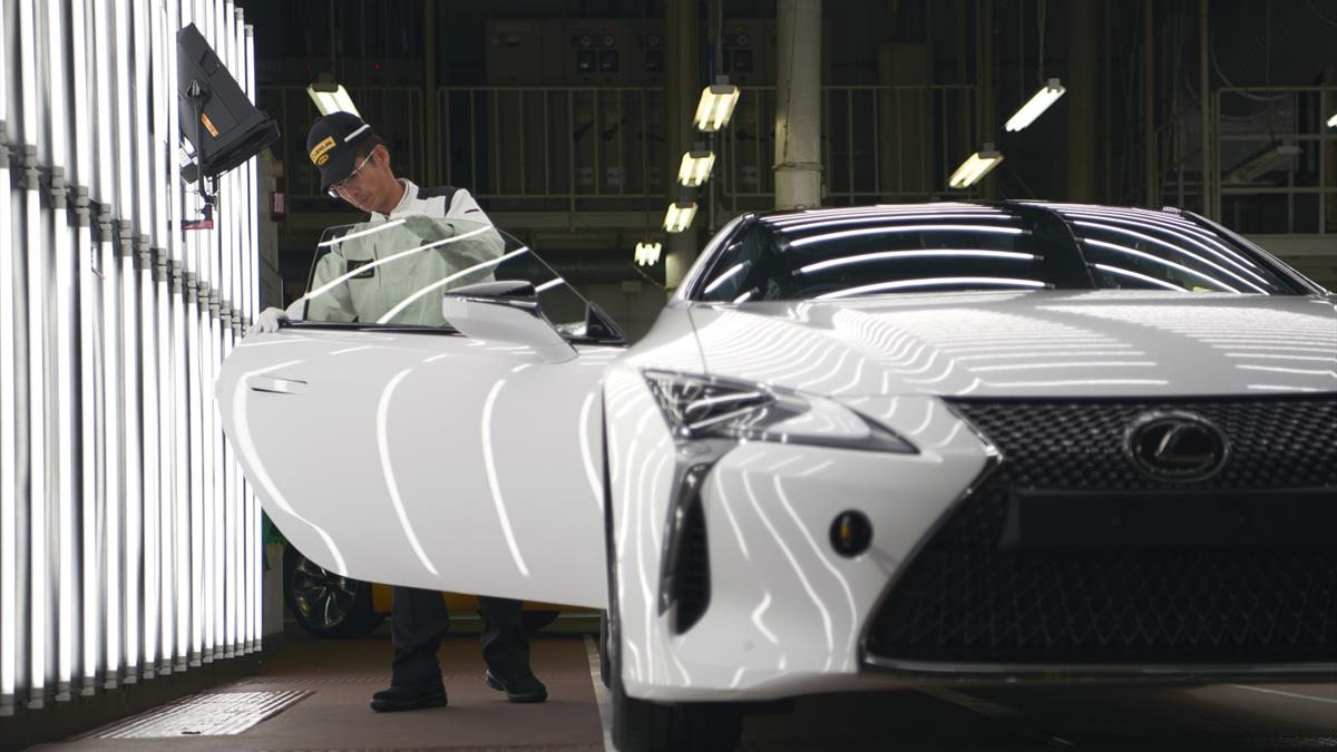 Motomachi Lexus_2