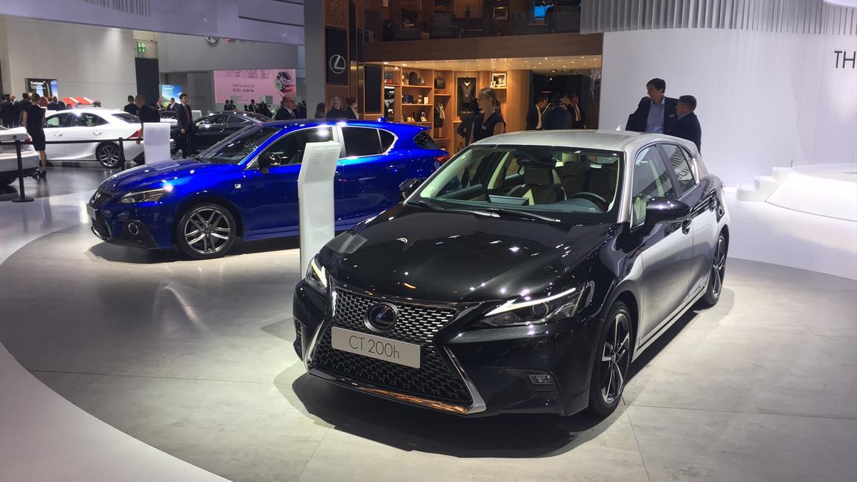 Lexus 200_h