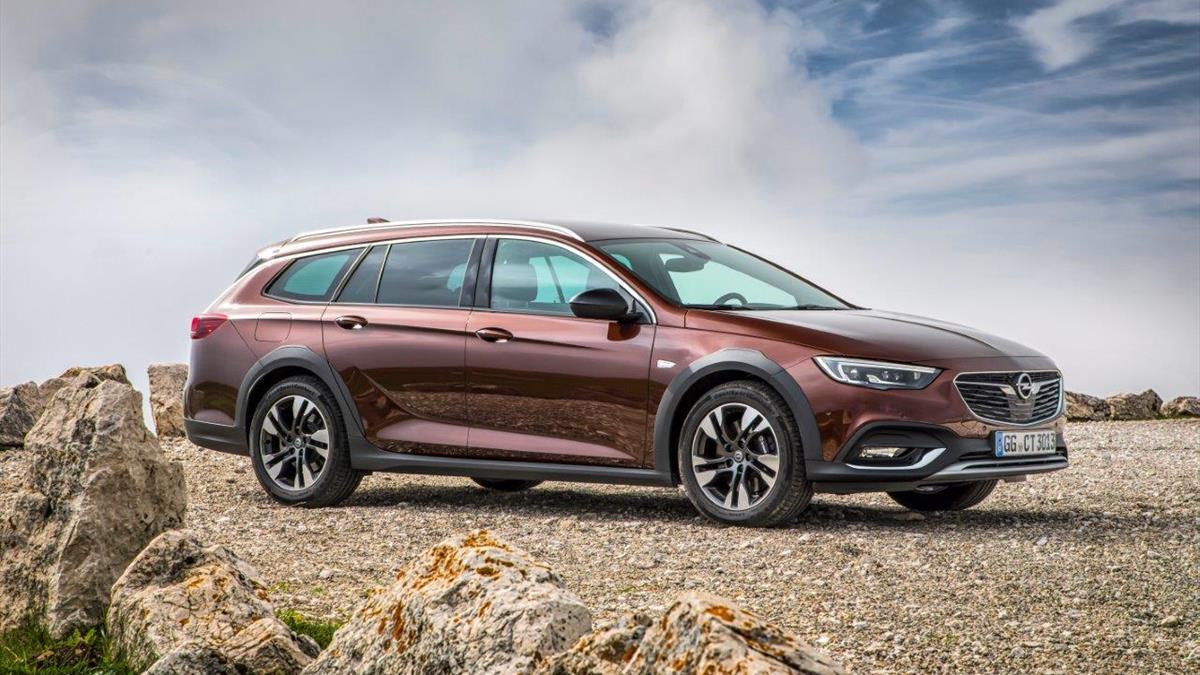 Opel Insignia_Country Tourer
