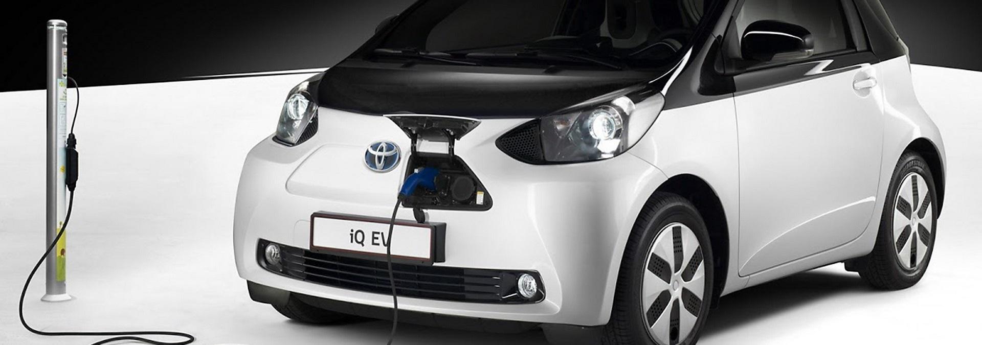 Toyota IQ_EV_1920