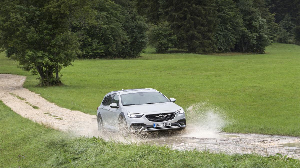 Opel Insignia_Country_Tourer