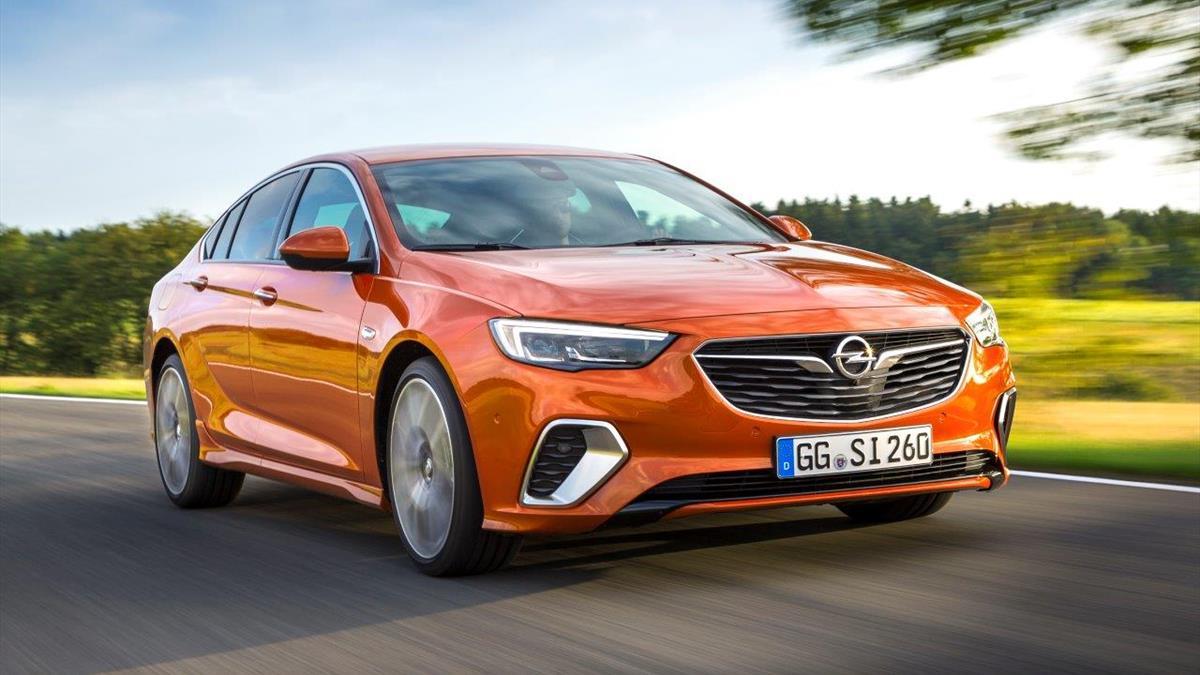 Opel Insignia_GSi_2