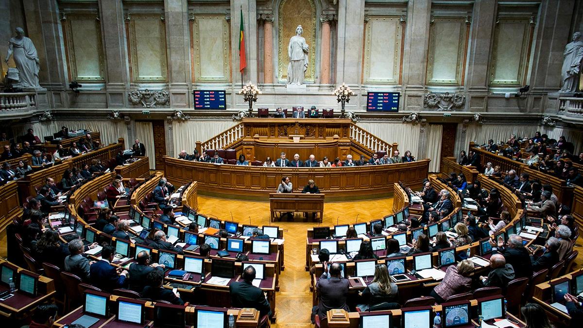 foto parlamento_1