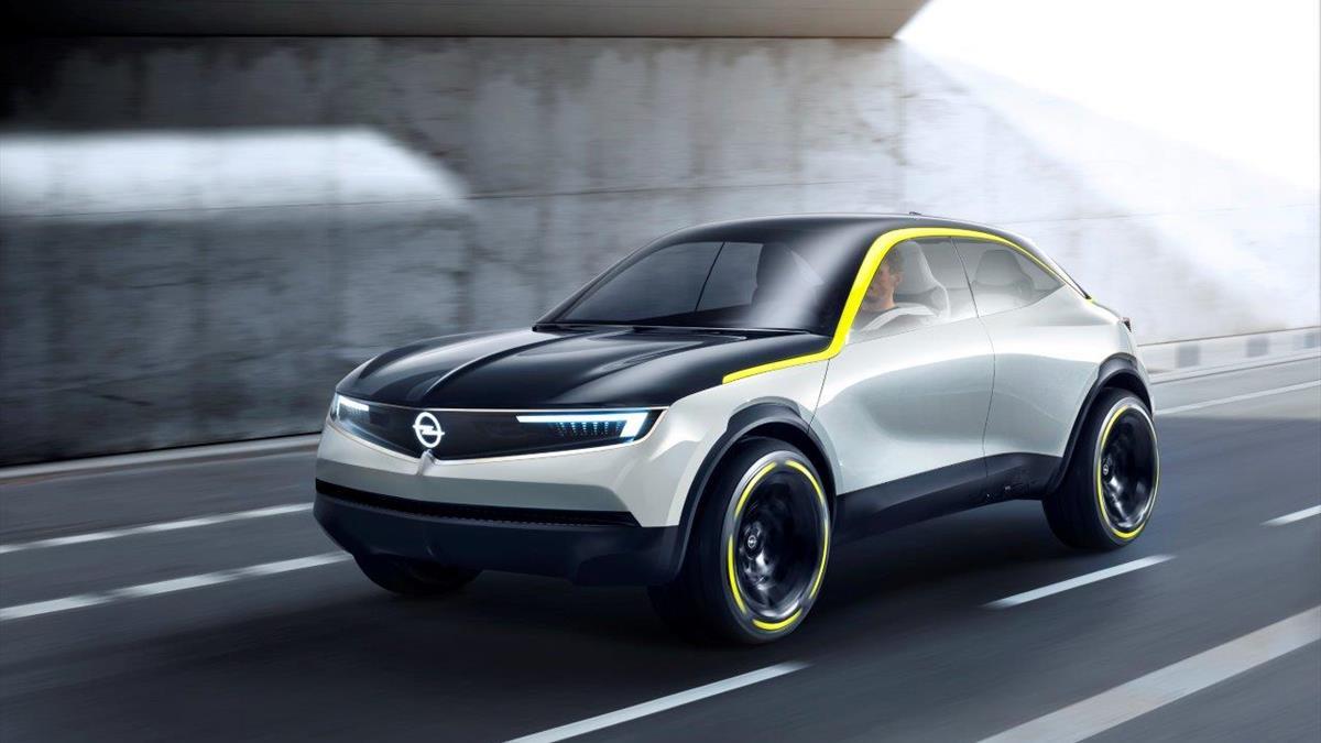 Opel GT_X_Experimental_1