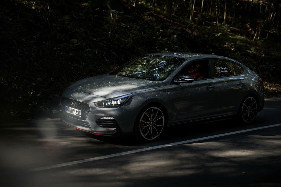 N Hyundai_revela_o_Novo_i30_Fastback_N_1