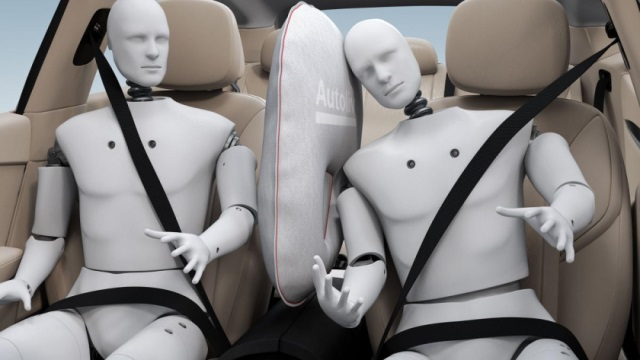 New-airbag-Autoliv-640
