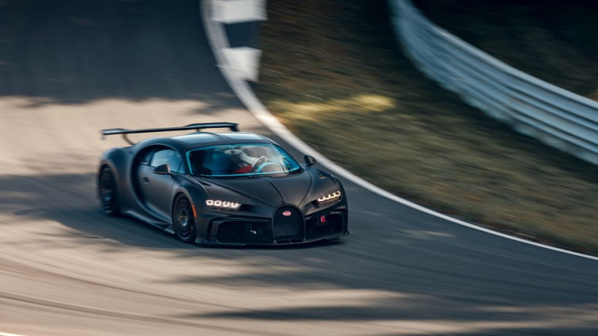 chiron-pur-sport-840