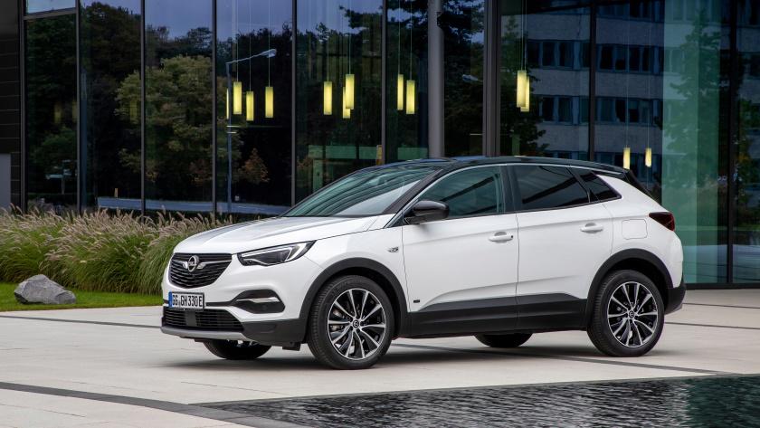 Opel-Grandland-X-PHEV-840