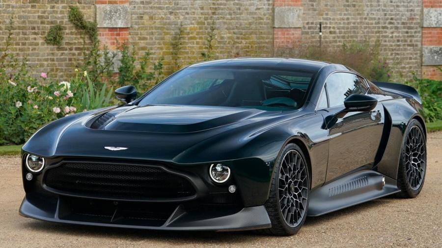 Aston-Martin-Victor-900