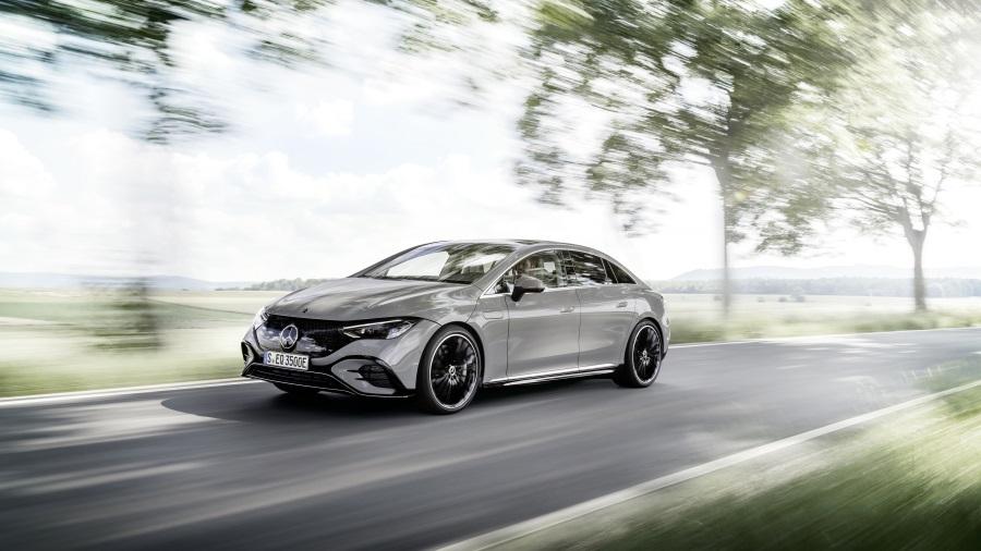 Mercedes-EQE-900