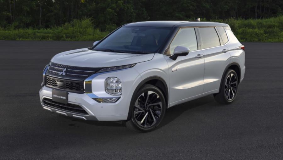 Mitsubishi-Out-PHEV