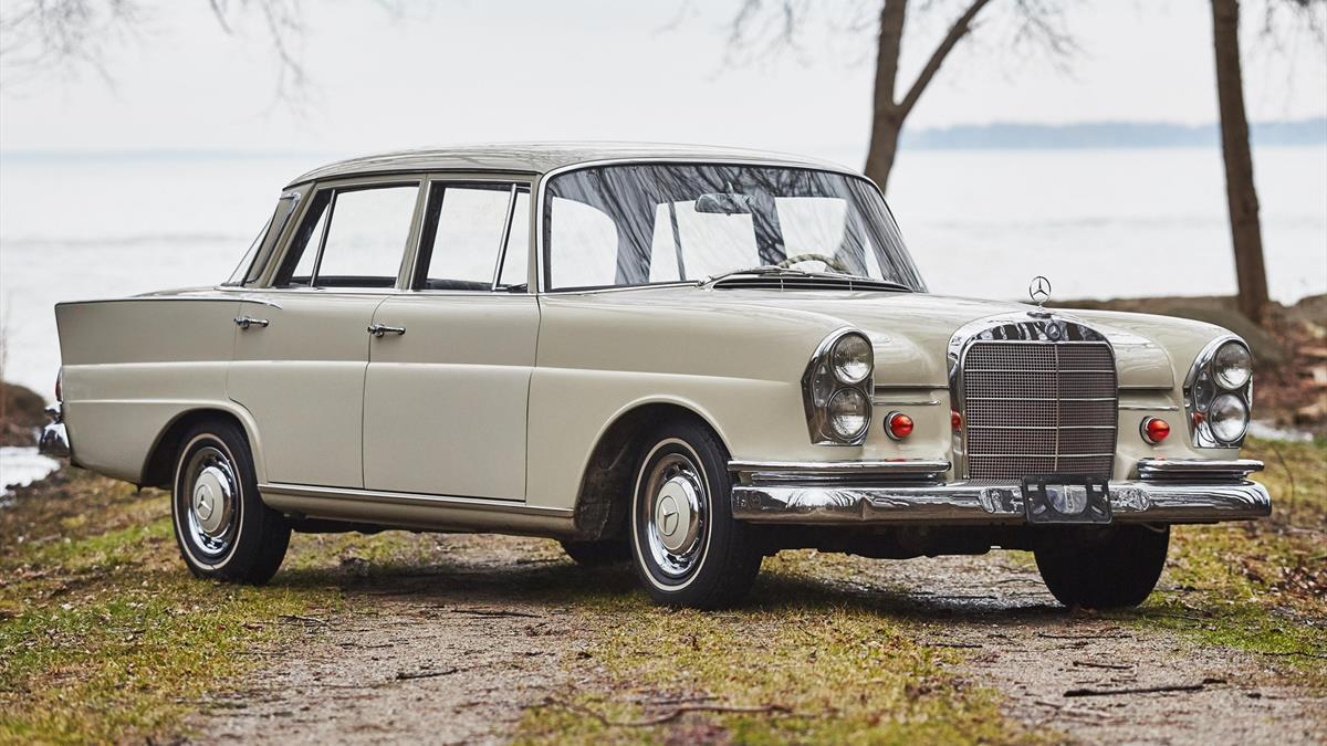 Mercedes benz_220S