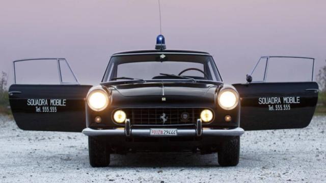 ferrari-policia-640