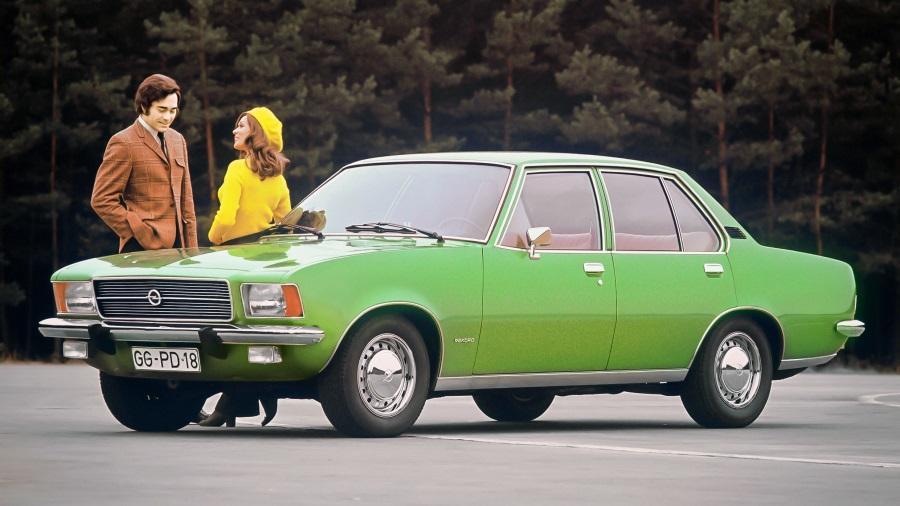 Opel-Rekord-D-50-anos