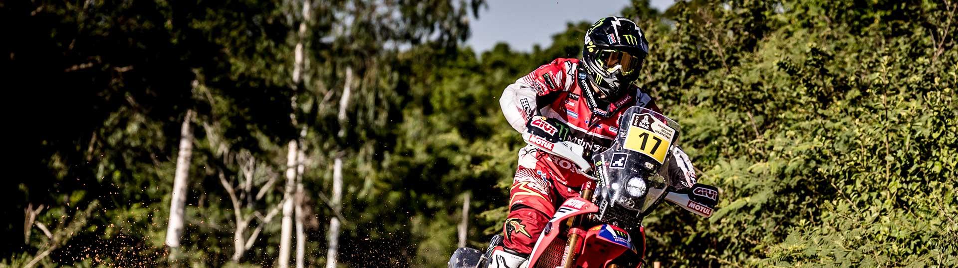Paulo Gonçalves segue em 3º