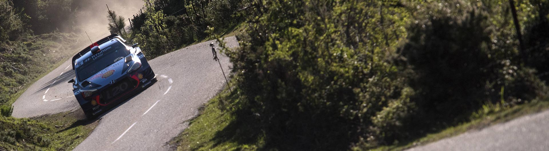 Thierry Neuville vence Volta à Córsega
