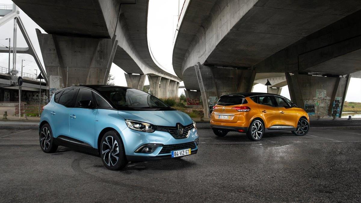 Renault Scenic_Abertura