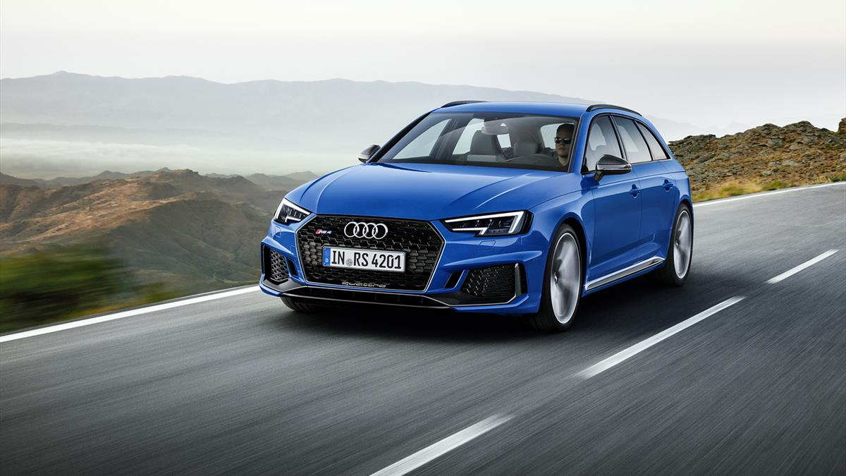 Audi RS_4_Avant_01