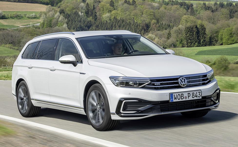 Volkswagen Passat_GTE_01