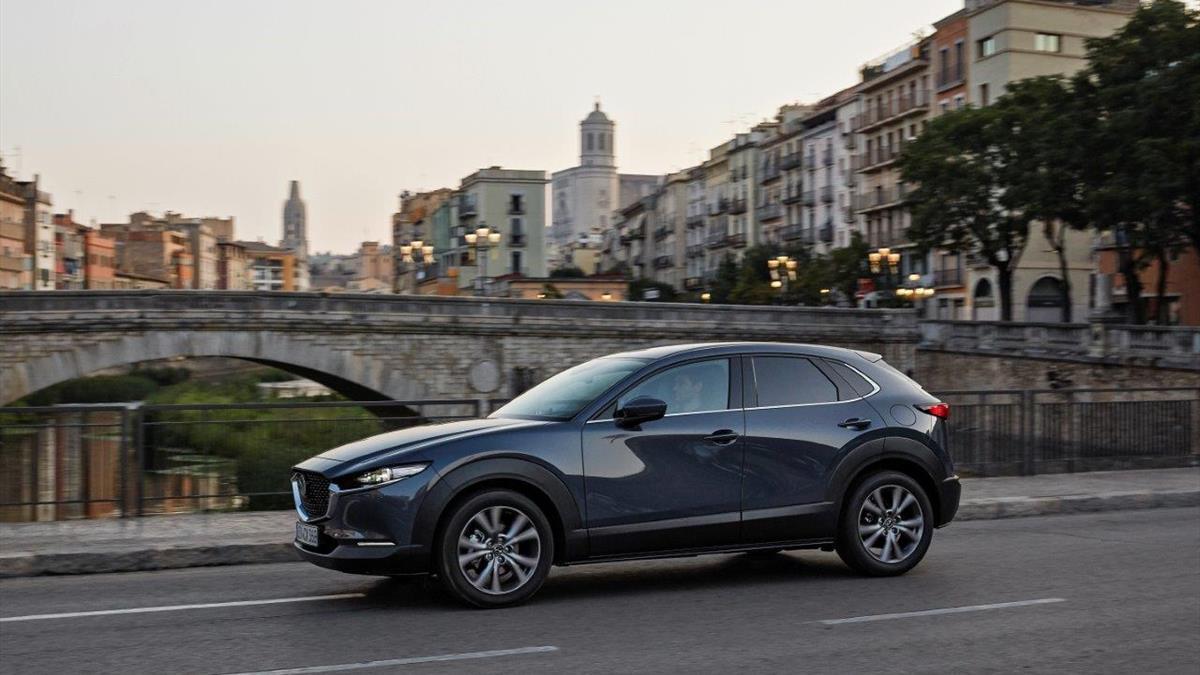 Mazda CX_30_Girona_Abertura