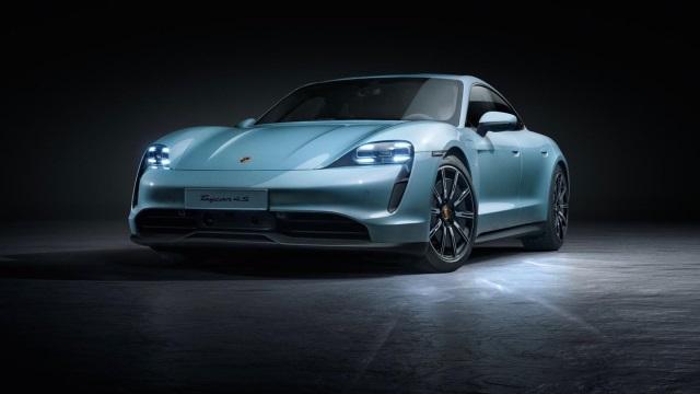 Porsche-taycan-640