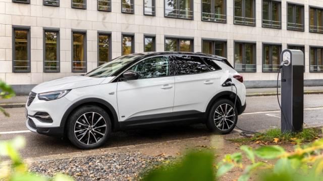 Opel-Grandland-X-640
