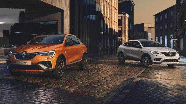 Renault-Arkana-640