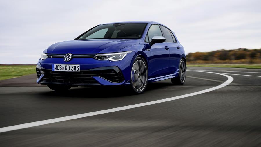 Volkswagen-Golf-R-abertura-900