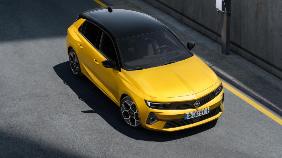 Opel-Astra-1-900